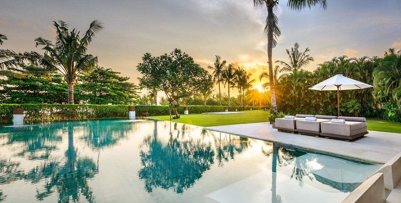 Villa Kalima Pool Sunset