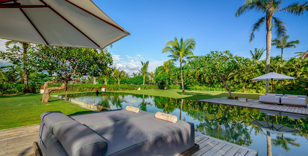 Villa Kalima pool beach view